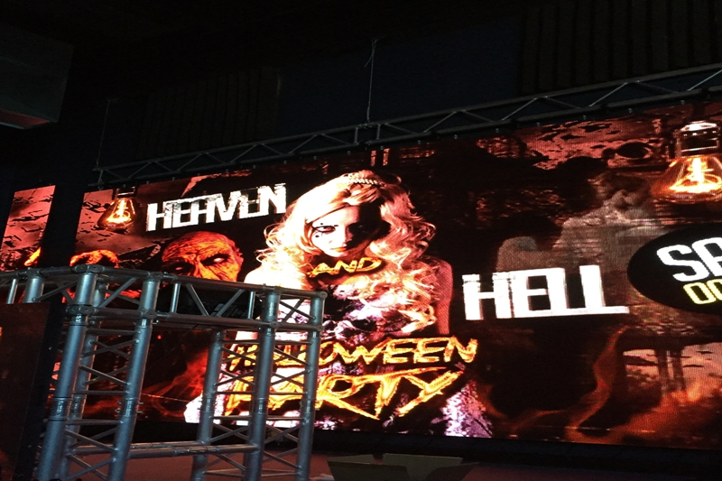 P6.944 Halloween Party LED Video Wall In Nightclub