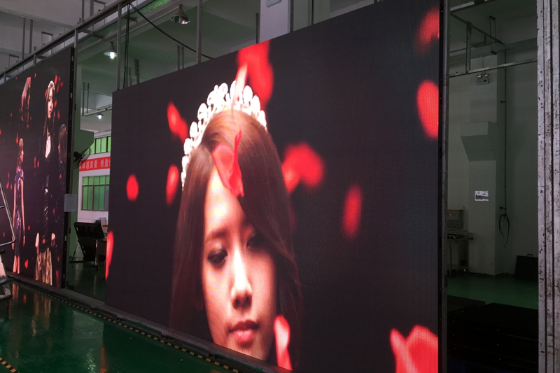 P5.95 Outdoor Slim Aluminum Panel Events Rental LED Wall finished for Italian Customer