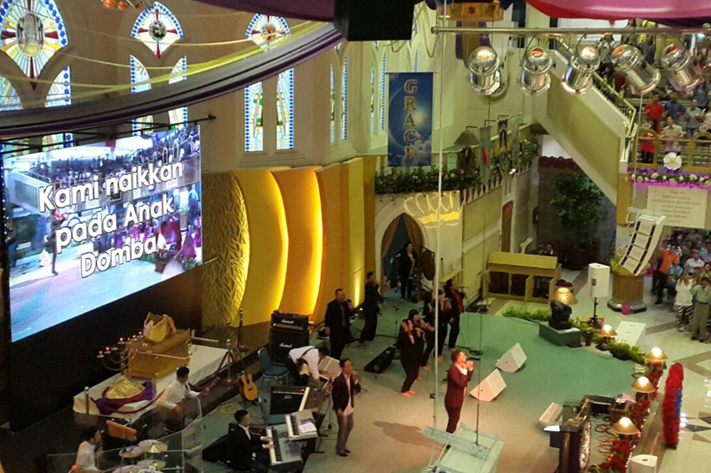 P3.91 Indoor Church LED Screen 6mx3m in Indonesia