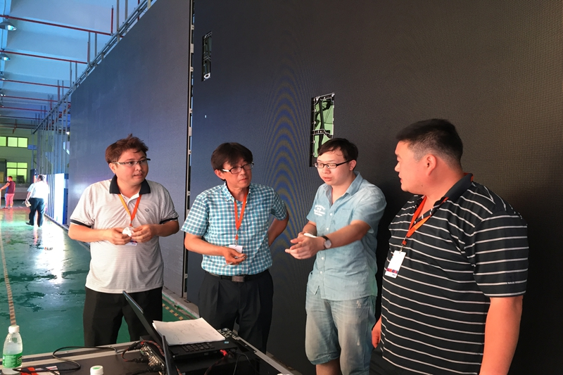 South Korean Customers visit Eachinled for P5.95 Outdoor Rental LED Screen Quality Inspection