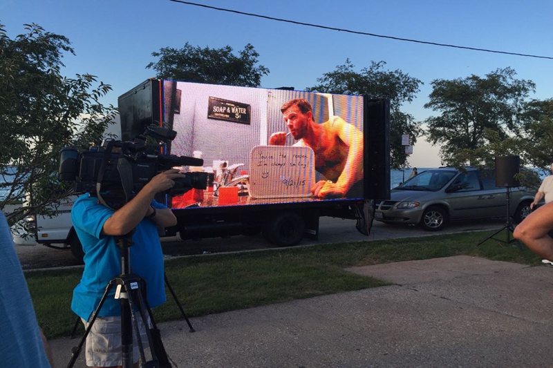Man spends more than a year preparing epic marriage proposal.Eachinled's Truck LED Video Wall helped him succeed!