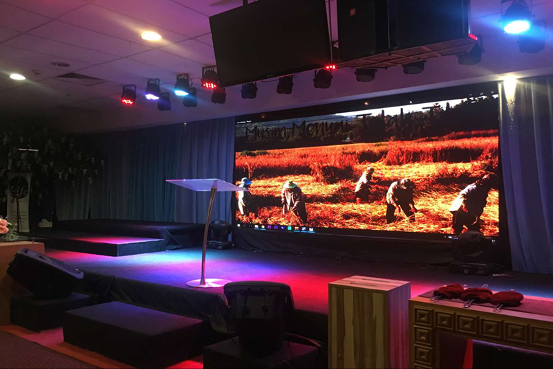 P3.91mm High Resolution LED Display Screen for Church Backdrop