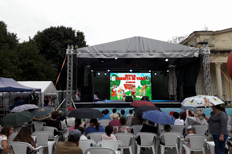 P5.95 Outdoor Stage Background LED Screen